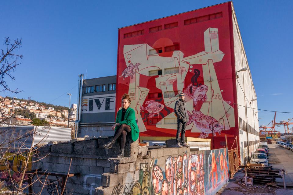 Mural Jadranke Lacković i Vladimira Tomića na zgradi Ivexa / Foto: Rijeka 2020