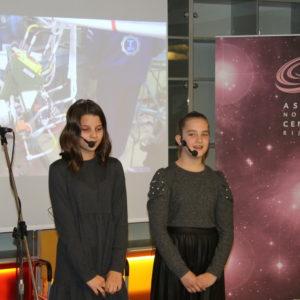 Otkrivanje biste Jurija Gagarina - Astronomski centar