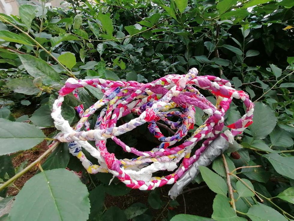 Mališani će u Riperaju naučiti kako od plastičnih vrećica napraviti vijaču