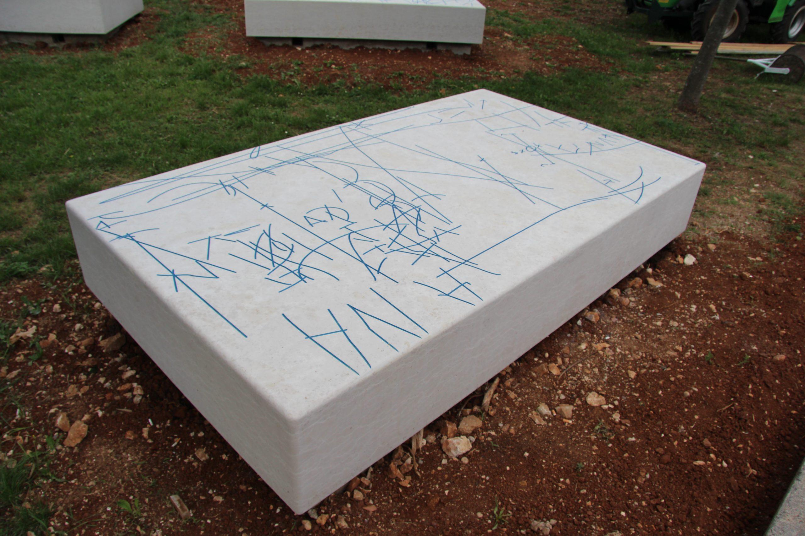 """Trajna umjetnička instalacija u Brseču """"Potezi i rezovi"""""""