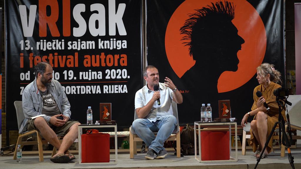 Saša Ilić predstavio svoj roman Pas i kontrabas