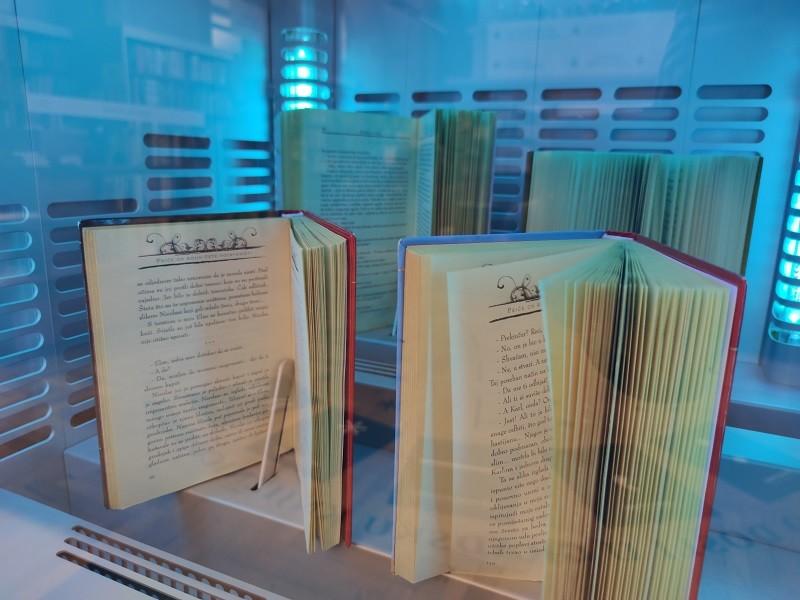 Sterilizator knjiga u Gradskoj knjižnici Rijeka