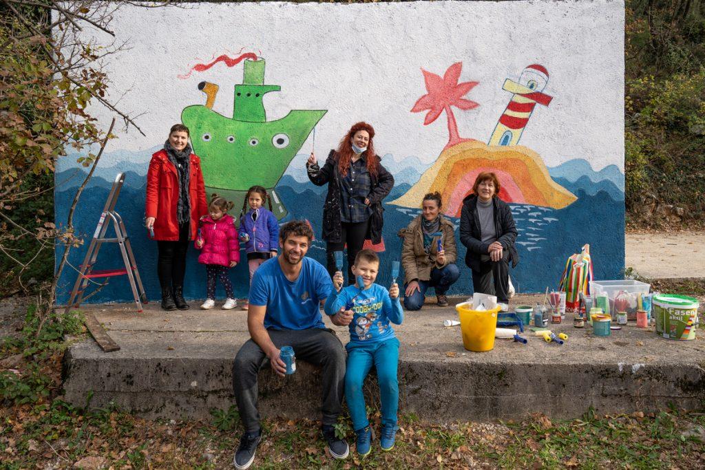Nenavijački mural na Škurinju (11)