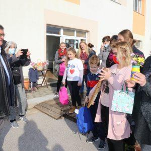 Gradonačelnik Obersnel posjetio Petrinjce smještene u hostelu Dharma