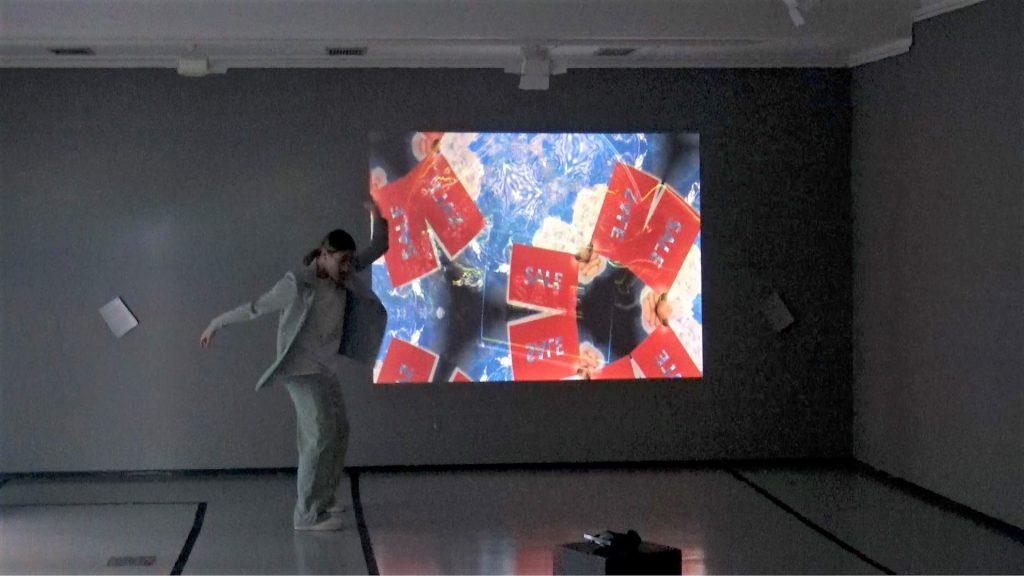 Kristina Paunovski na izložbi Sedam lica grada