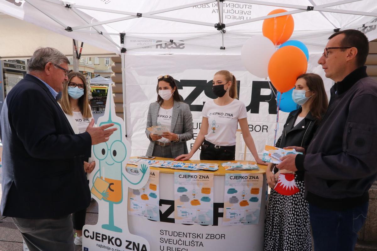 Akciju su podržali gradonačelnik Rijeke Vojko Obersnel i zamjenik gradonačelnika Marko Filipović