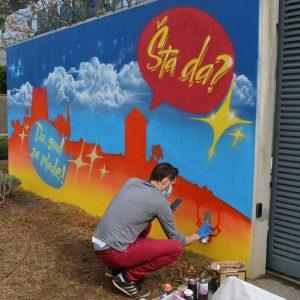 Na Kampusu oslikan mural Grad za mlade