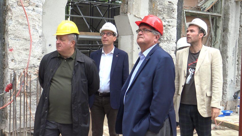 Saša Randić, Marko Filipović, Vojko Obersnel i Ivan Šarar u obilasku gradilišta nove knjižnice