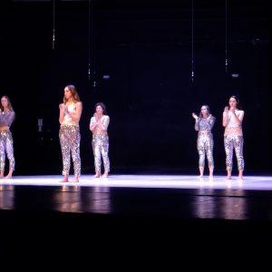 Predstava u kojoj sudjeluju samo plesačice